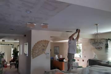 Removing Popcorn Ceiling - 4