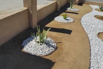 Front Yard Landscape Completion - 1