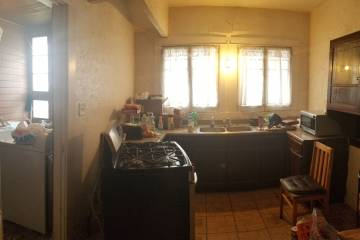 Kitchen Area - 5