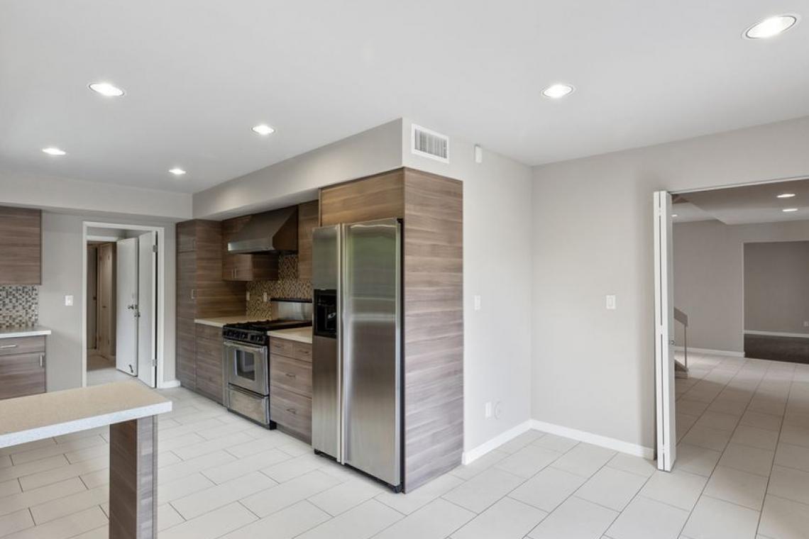 Modern Kitchen Design - 3