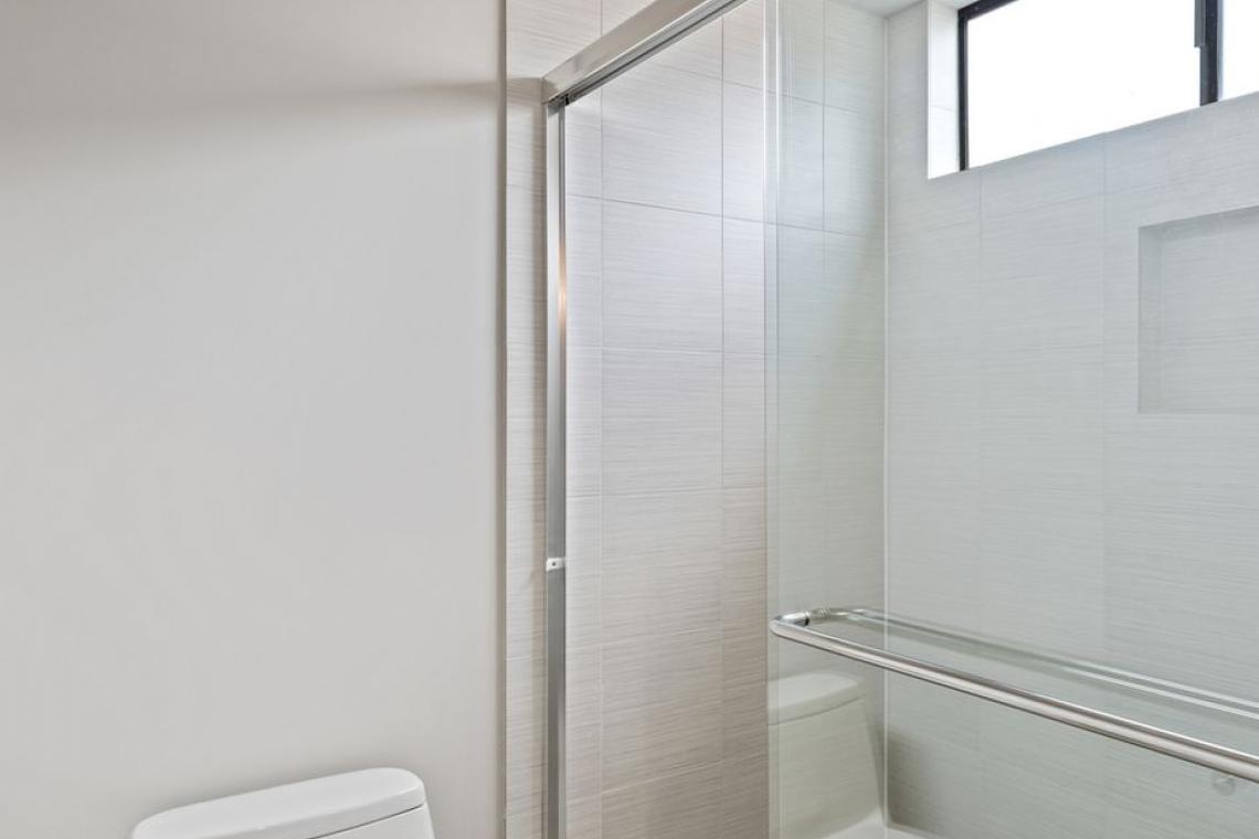 Bathrooms View - 3